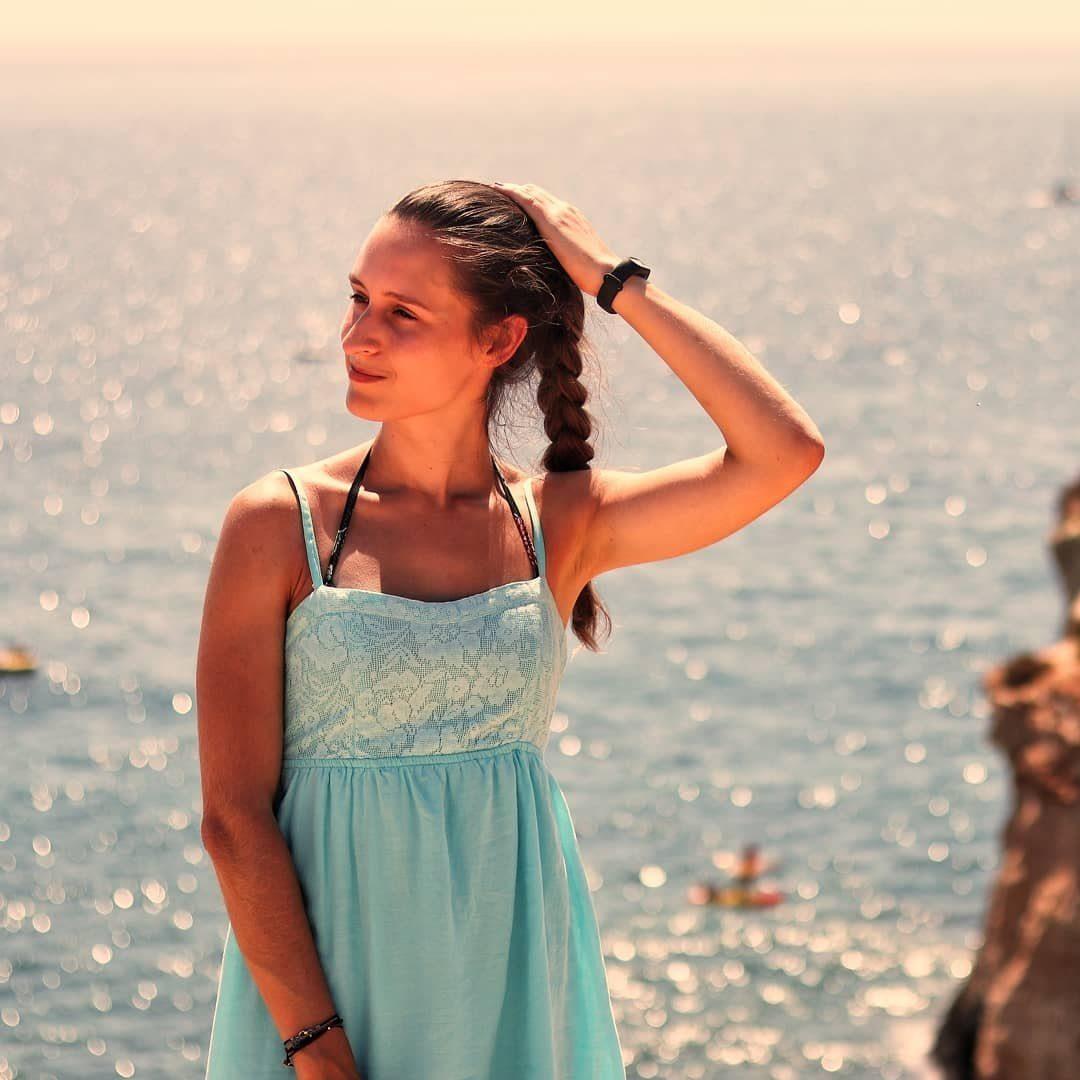 Bailarina Azul - Sara Oliveira